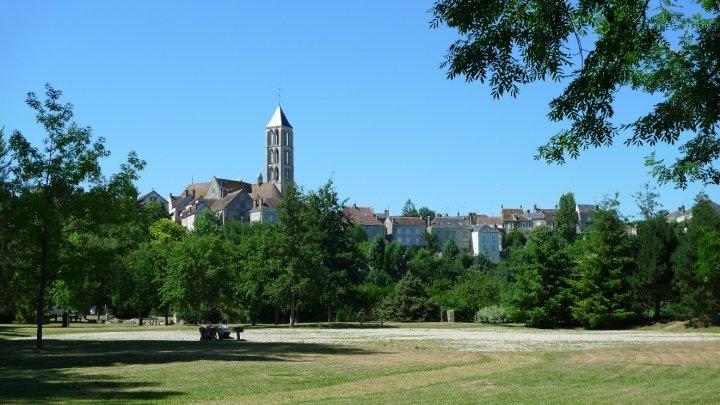 vue-chateau-landon-1